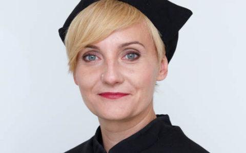 dr Adrianna Seniów